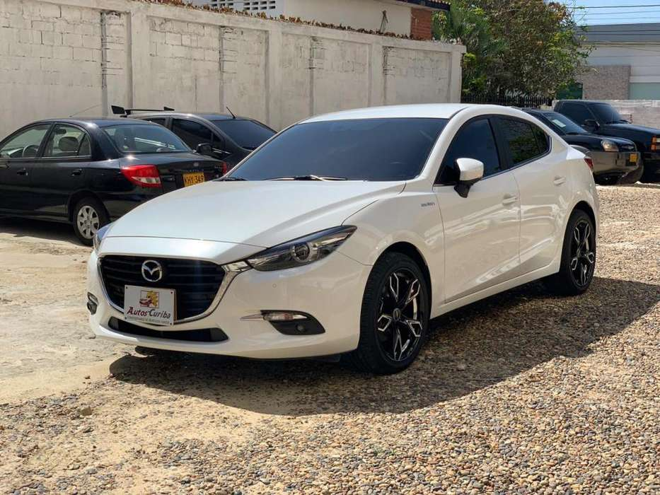 Mazda 3 2019 - 6000 km