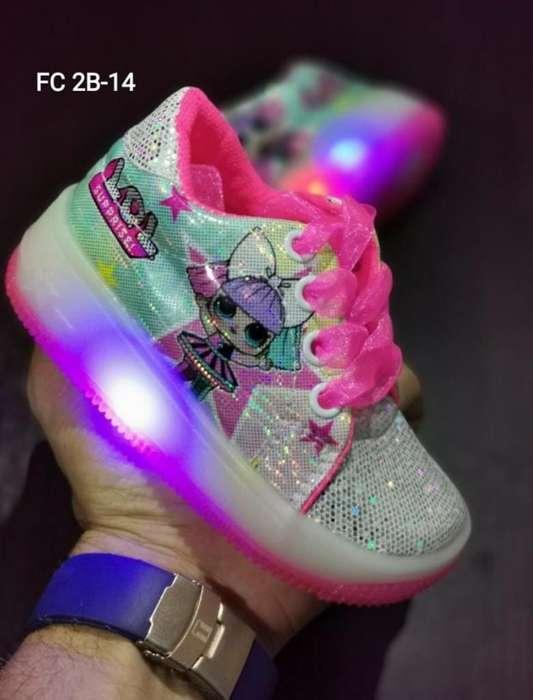 Se Vende Zapatos de Niños Y Niñas
