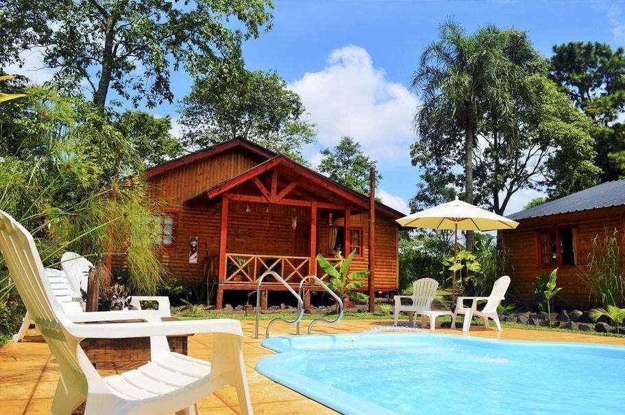 dr79 - Cabaña para 4 a 6 personas con pileta y cochera en Puerto Iguazú