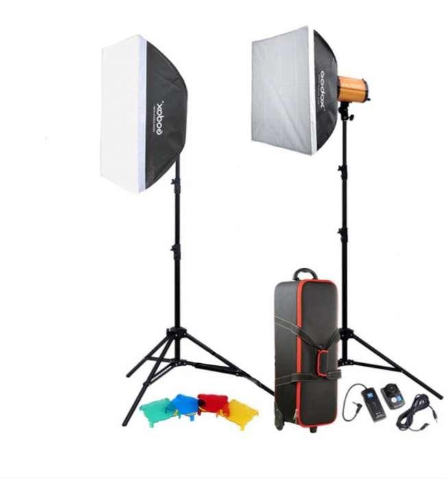 Kit De Luces De Estudio Godox Smart 300sdi S/.600