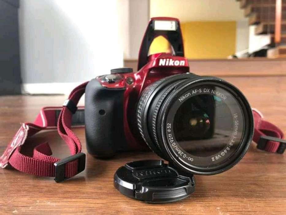 Camara Nikon D3300.
