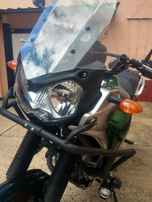 Vendo <strong>yamaha</strong> Tenere 250