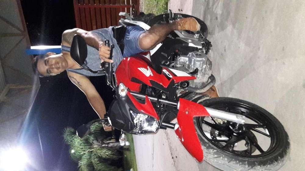 Vendo honda twister 250 cc