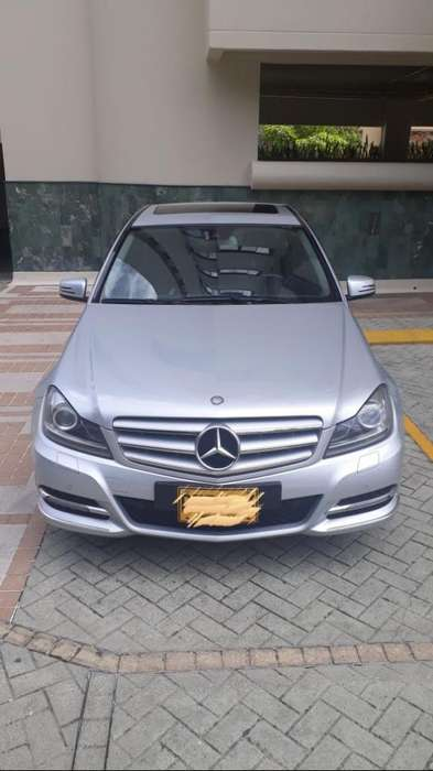 <strong>mercedes</strong>-Benz Clase C 2012 - 60000 km