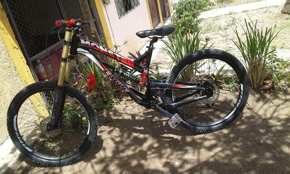 <strong>bicicleta</strong> de Downhill Eagle Monster
