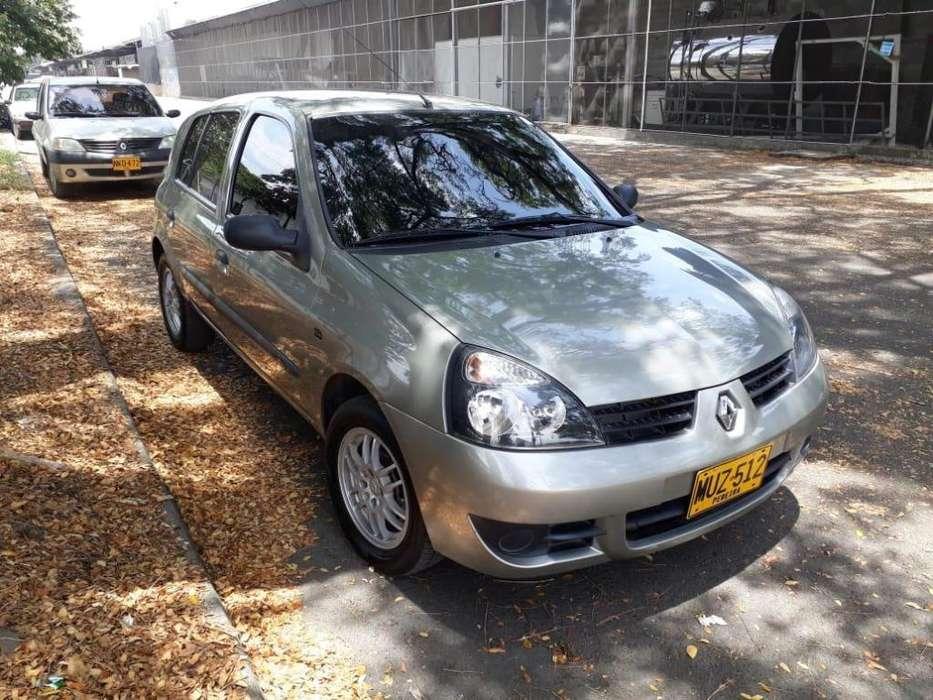 Renault Clio  2014 - 85700 km
