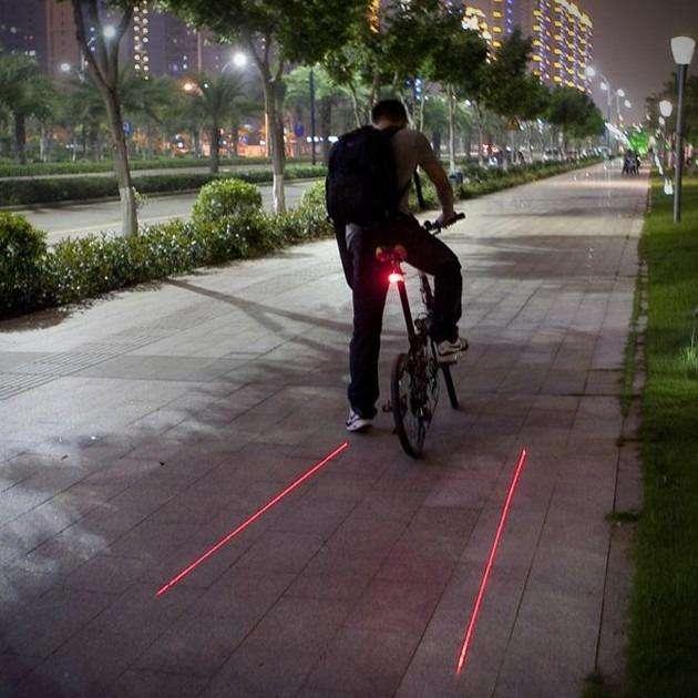 Luz Led Seguridad Con Laser Bicicleta