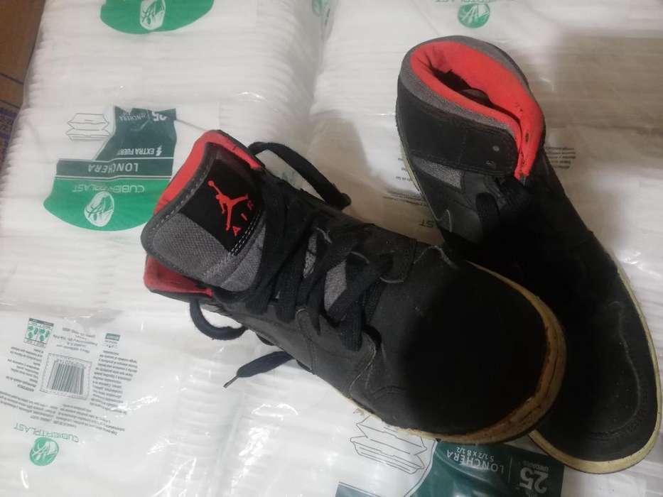 Nike Jordan Talla 6 con Detalle