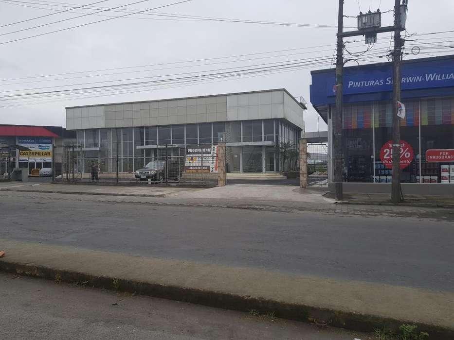 Local Comercial 400 m2 Vía Quevedo Klm. 3., Plaza Comercial Victoria