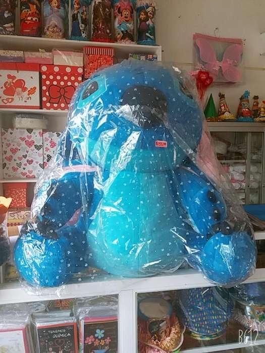 Peluche Super Gigante Stitch heart