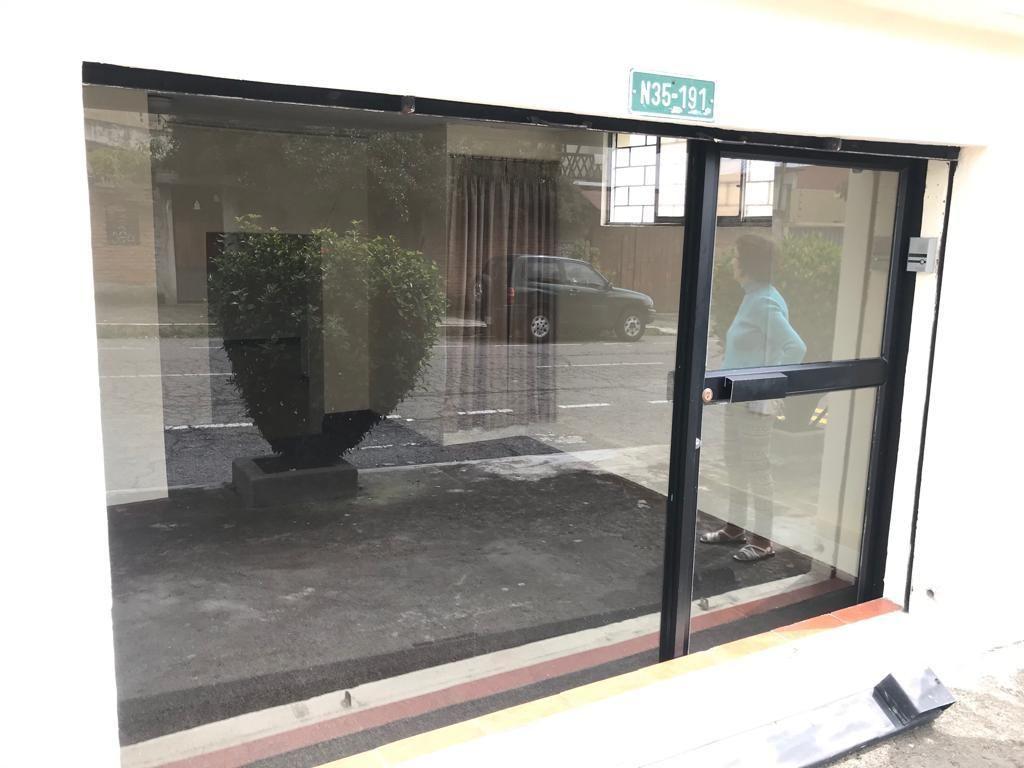 Arriendo Oficina Comercial, Av. Republica, Centro Norte Quito