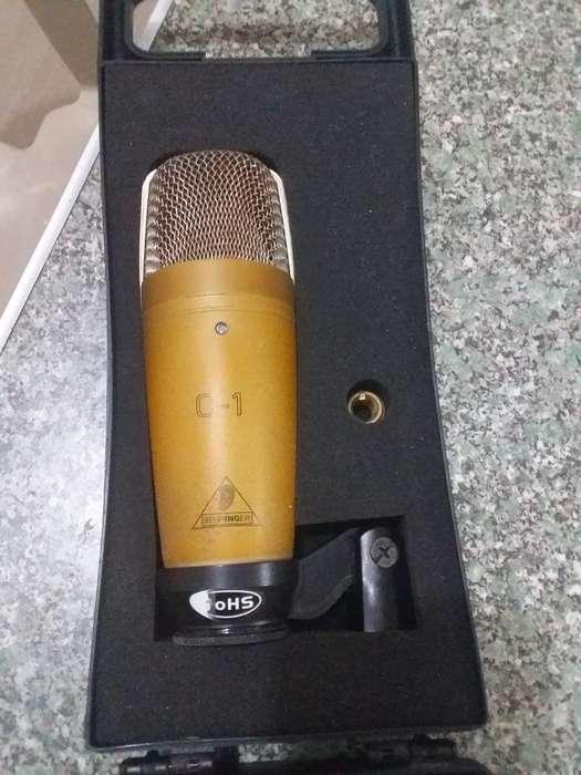 Micrófono de Estudio Behrinher C-1