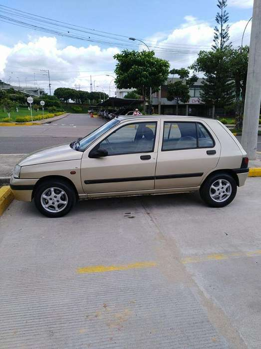 <strong>renault</strong> Clio  1997 - 205000 km
