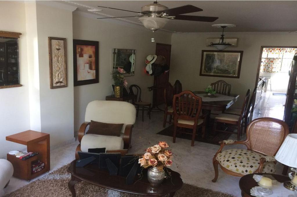 Apartamento En Venta En Cartagena Manga Cod : 10394