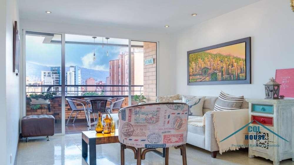 Apartamento de 80 en laureles piso alto