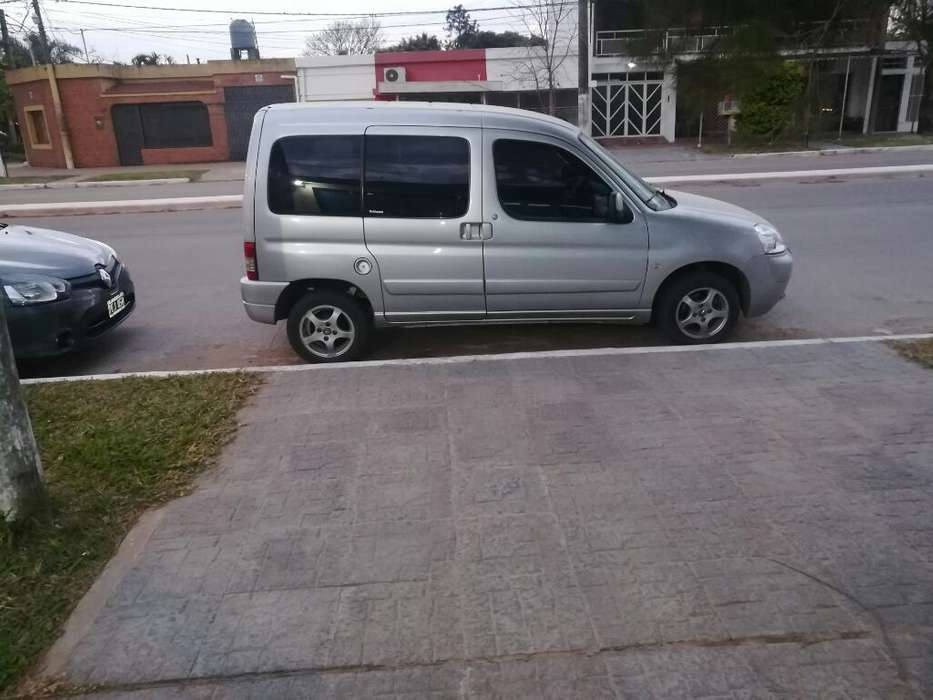Berlingo Multispley 1.6 Turbo Dicel