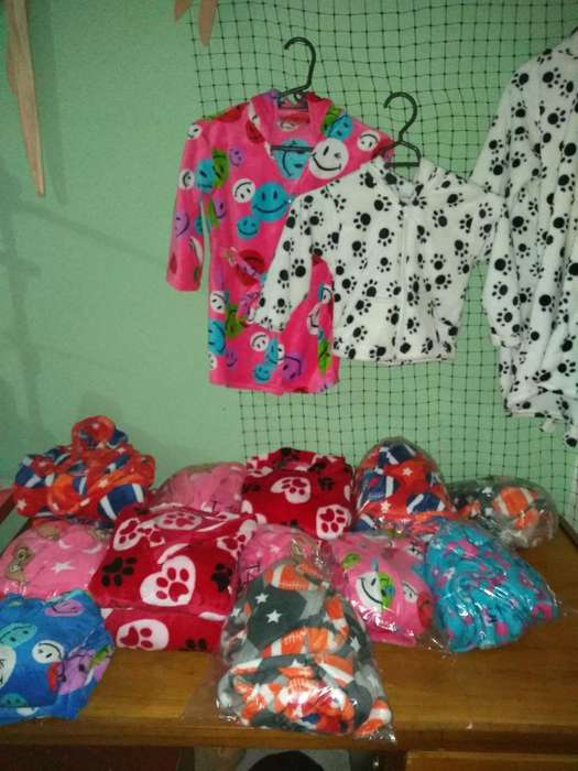 Pijamas Y Batas para Niños