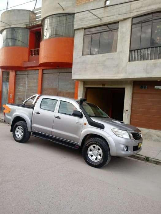 Toyota Hilux 2015 - 67000 km