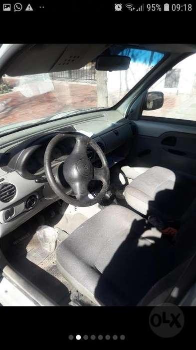 Renault Kangoo  2007 - 200000 km