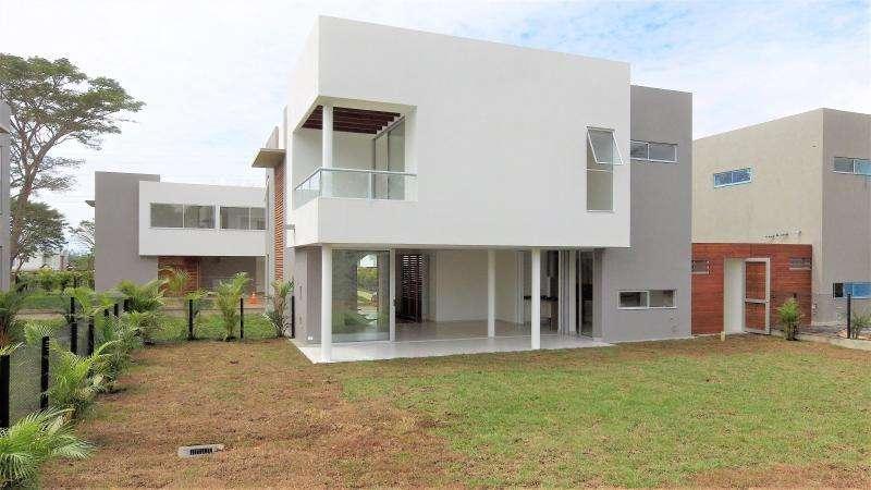 Casa Condominio En Venta En Cali Pance Cod. VBEHA385