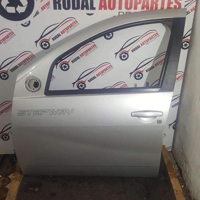 Puerta Delantera Izquierda Renault Sandero Stepway 14250 Oblea:03396526