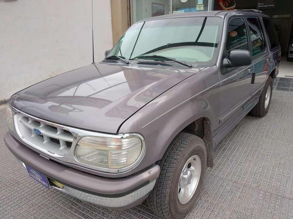 Ford Explorer 1997 - 113000 km