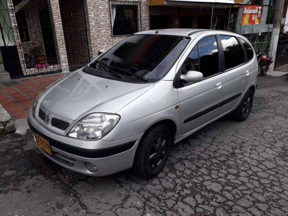 Renault Scenic  2000 - 234000 km
