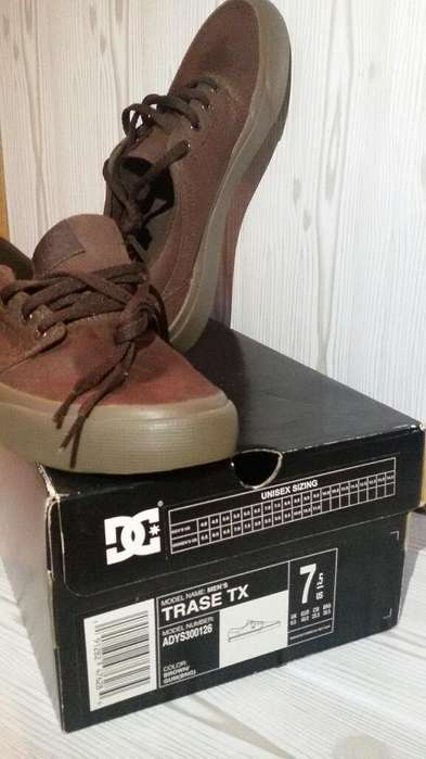 Dc Shoes 39 -9 / 10