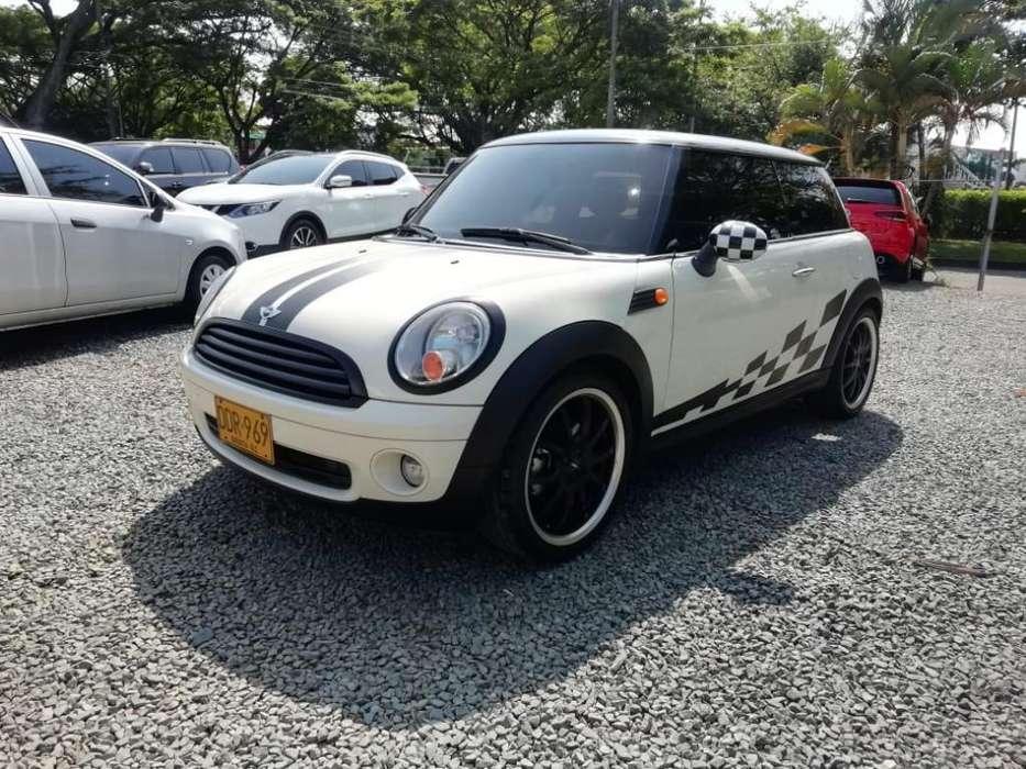 Mini Cooper 2010 - 66000 km