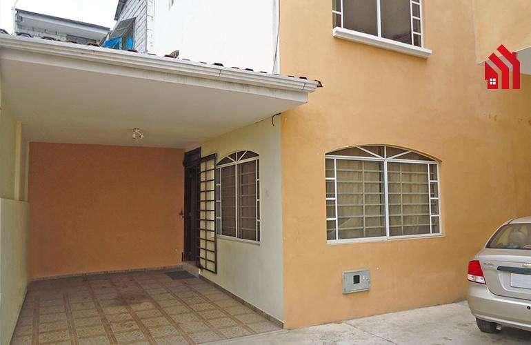 "P1126 l Casa en Venta Sector ""El Tejar""87.000"