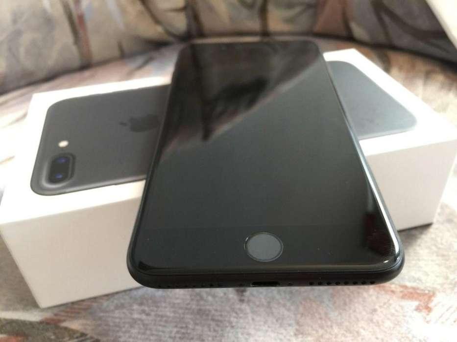 Cel lar IPhone App e 7 plus con vidrio tem lado