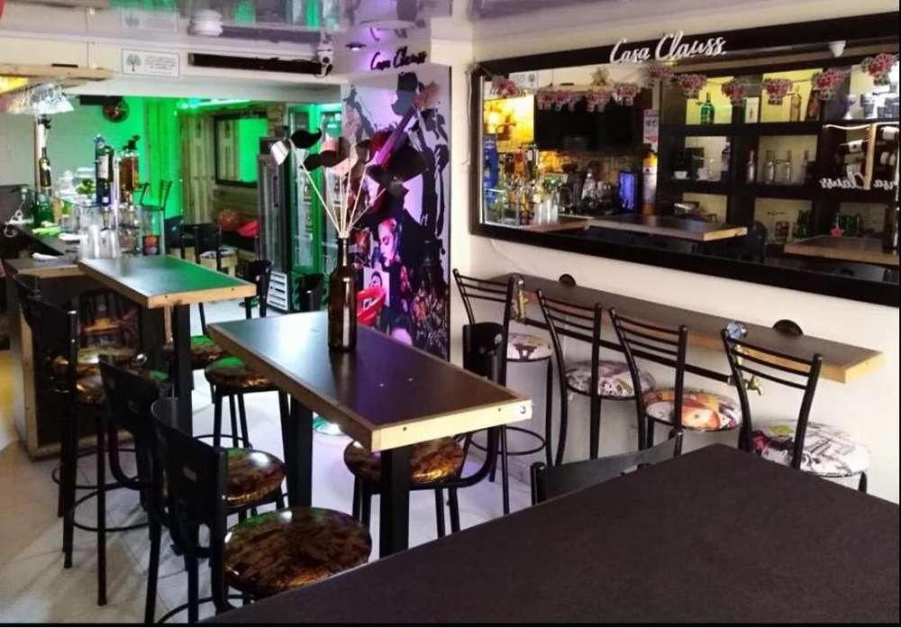 Se Vende Mobiliario Cafe-Bar Bogota