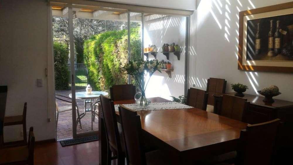 Casa en Venta en Cumbaya