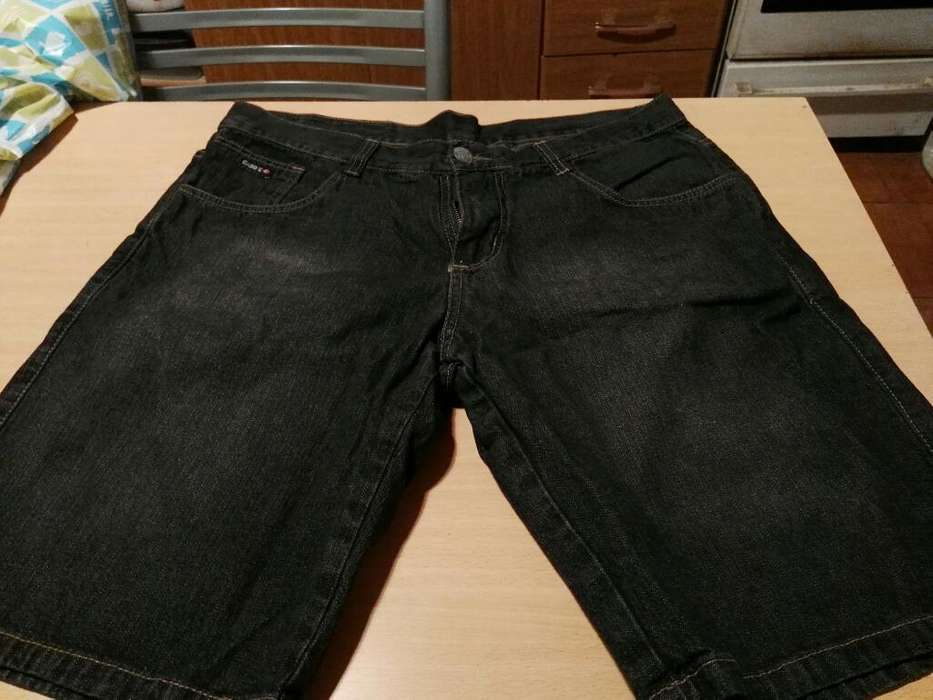 Pantalon Bermuda Hombre