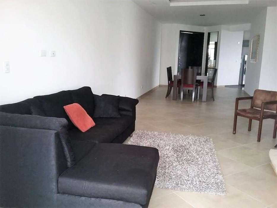 Apartamento en venta en la Castellana 2000-550 - wasi_593932