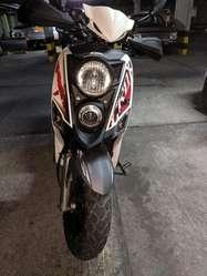 Vendo Moto Sym Crox 125 Blanca