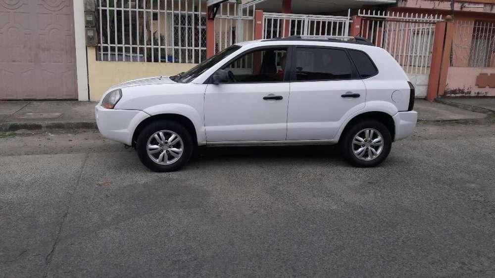 Hyundai Tucson 2010 - 200000 km