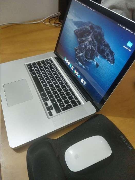 Mac Book Pro 15 con Magic Mouse
