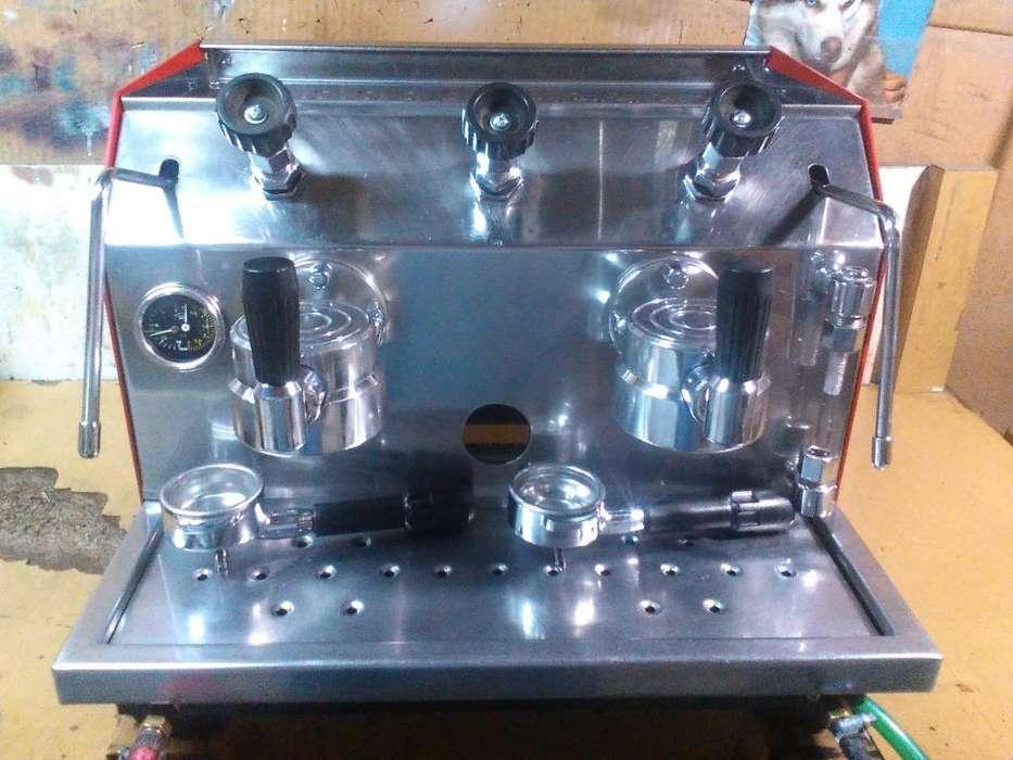 Maquina de cafe monaco de 2 bocas con compresor