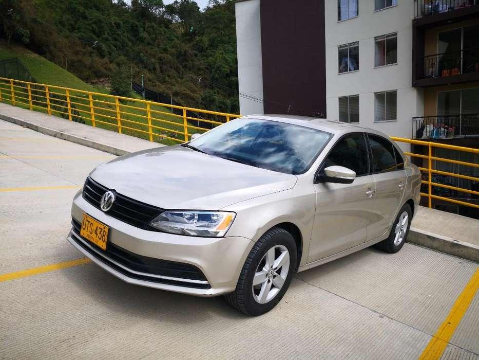 Volkswagen Nuevo Jetta 2015 - 44000 km