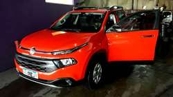 Fiat TORO 2017   25 mil kms NUEVA !!! CASI 0 KM
