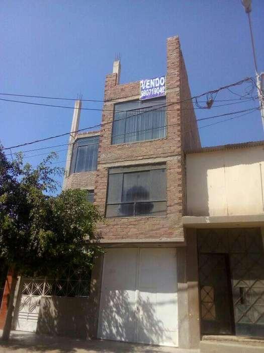 Vendo CASA 4 PISOS Distrito La Victoria