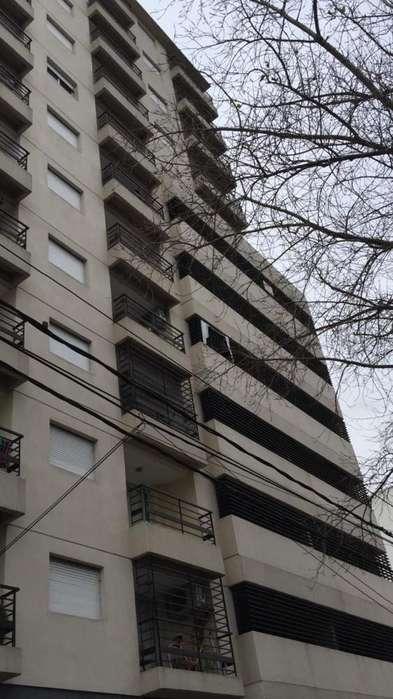 Departamento en alquiler, Echesortu, Pellegrini 3400