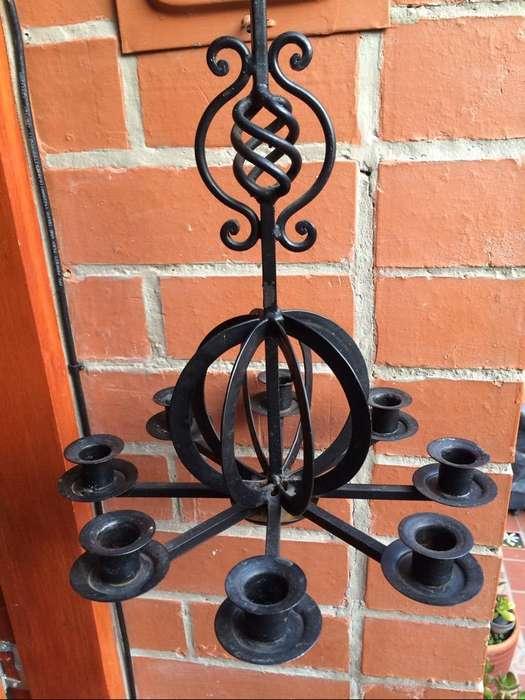 Lampara antigua candelabro de 8 velas en hierro forjado