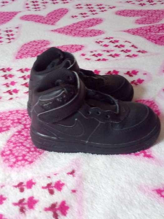 Vendo Nike en Bota Original Amer