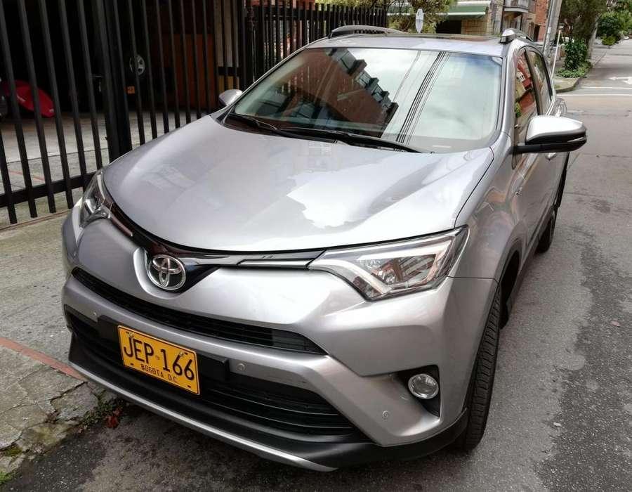 Toyota RAV4 2017 - 16000 km
