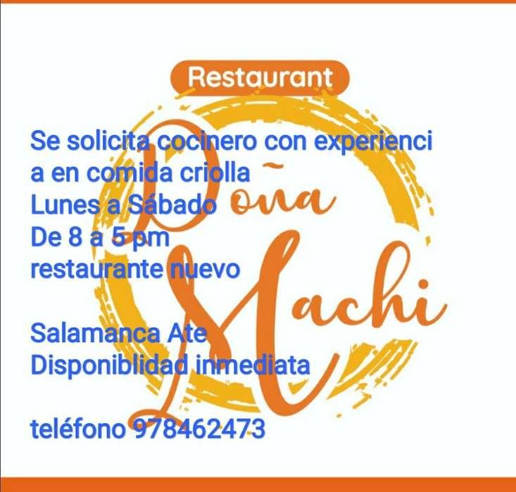 Cocinero Comida Criolla