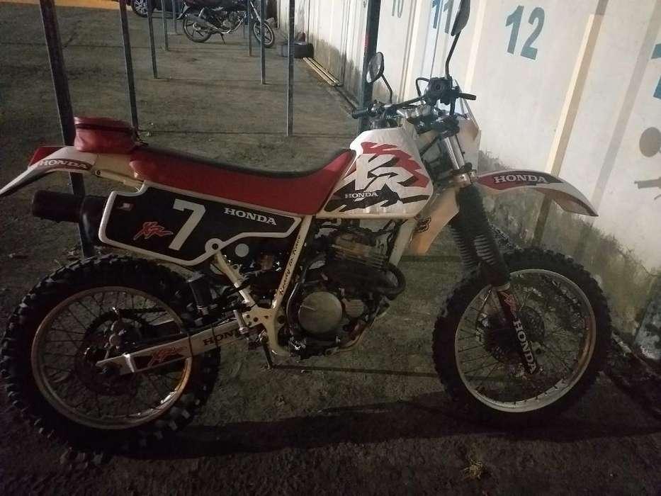 Vendo Moto Honda Xr250 Matriculada