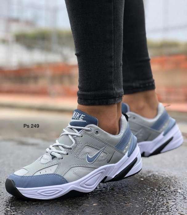 Tenis Nike de Dama Air Per