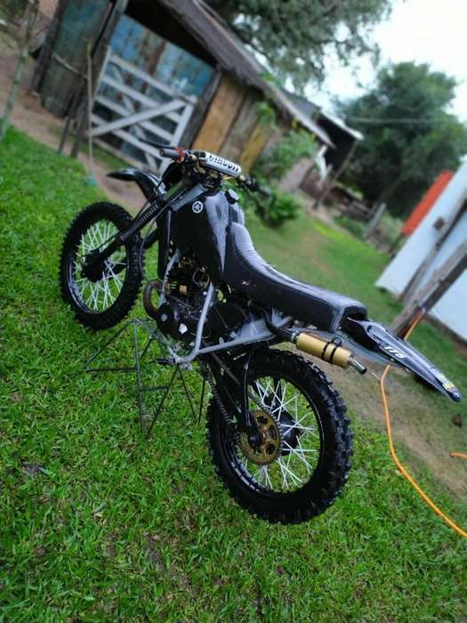 Vendo <strong>yamaha</strong> Dt 175cc